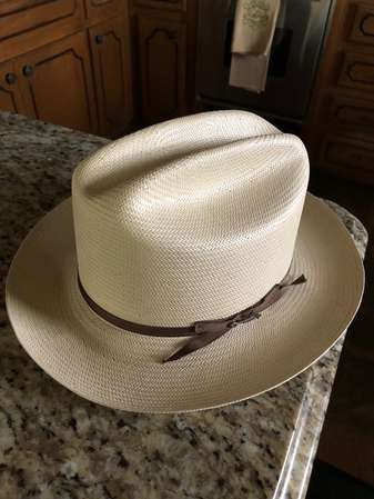 b077c553c4624 I just bought a straw Stetson.